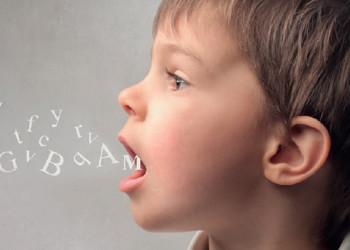 retraso del lenguaje niños